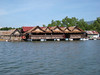 river_houses_3