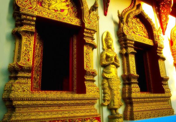 Gold Windows, Wat Phan On #2 - Chiang Mai, Thailand