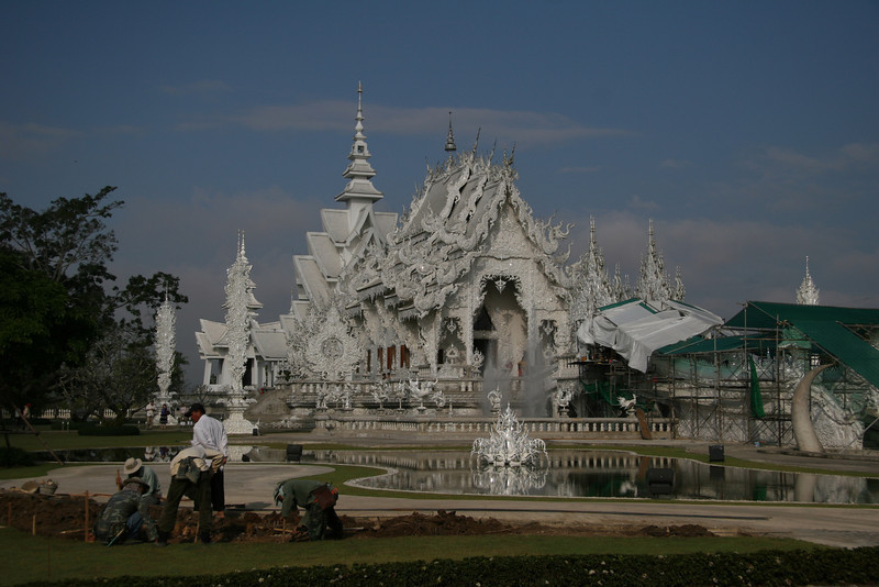 Grounds keepers and the White Temple
