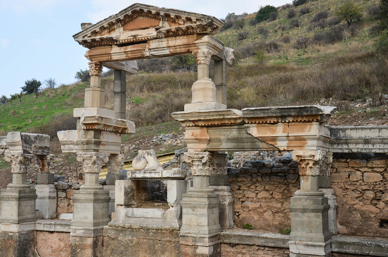 Fountain of Pollio, Ephesus