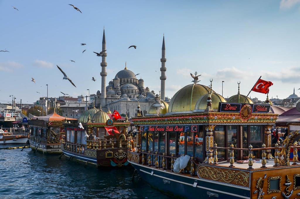 Floating Restaurants, Istanbul