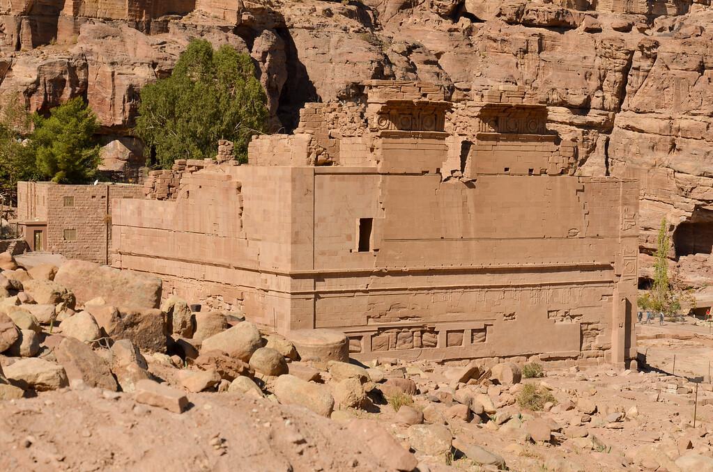 Qasr al-Bint, Petra