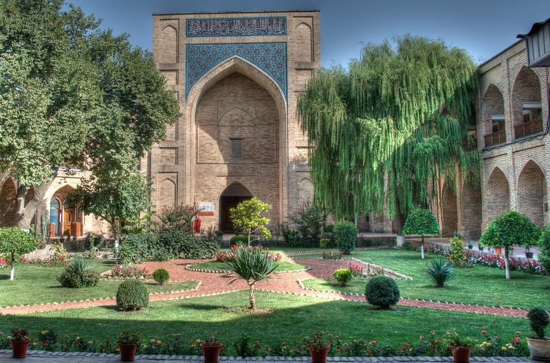 Medressa Kulkadosh, Tashkent