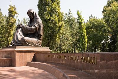 Crying mother in Tashkent