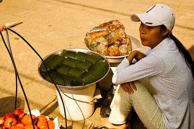 Sidewalk vendor of mysterious green jellied subttance