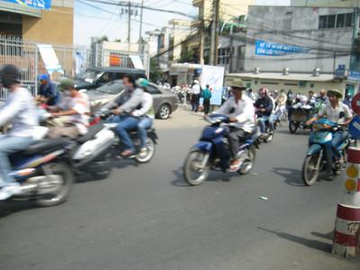 motorbikes_01