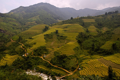 Vietnam: people and countryside
