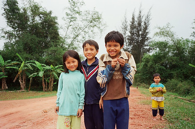 Kids outside Dong Ha, Vietnam 2005