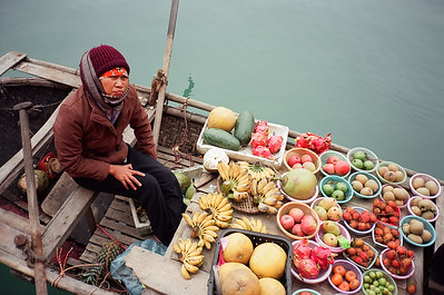 Floating Fruit Market, Halong Bay