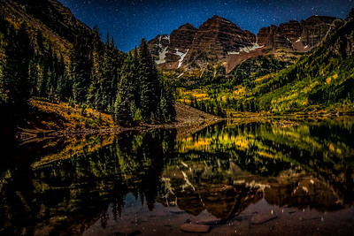 Maroon bells night