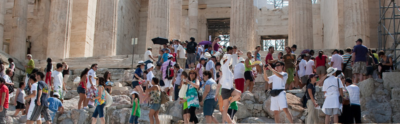4M9F5007-40 Tourist at the entrance to the Parthenon.