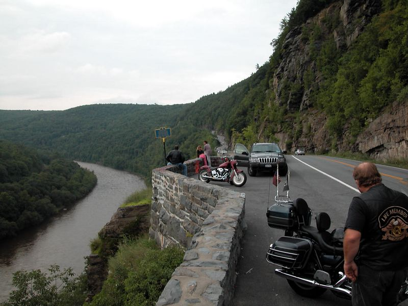 Hawk's Nest - looking north. Outside of Port Jervis, NY