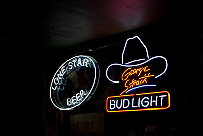Beer Signs, Ginny's Little Longhorn