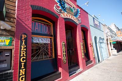 Piercing Tattoo Henna