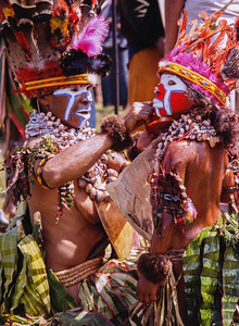 Final Touches, Hagen Show, Papua New Guinea, 2003