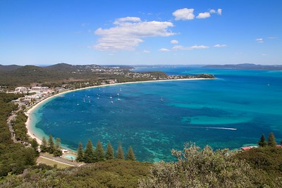 Shoal Bay & Nelson Bay from Tomaree Head. Port Stephens, New South Wales, Australië.