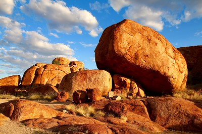 Sunset @ Devils Marbles. Red Center,  Northern Territory, Australië.