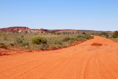Road to Rainbow Valley. Red Center,  Northern Territory, Australië.