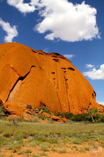 Uluru base walk photo 4