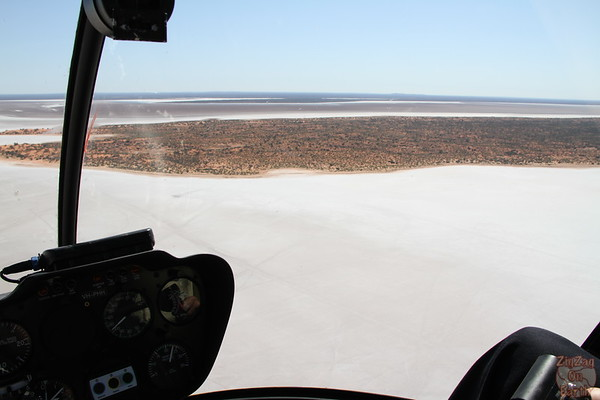 Helicopter flight over lake Amadeus photo 1