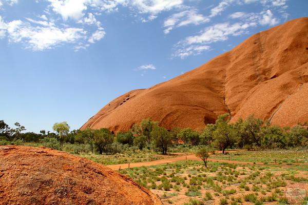 Uluru base walk photo 1