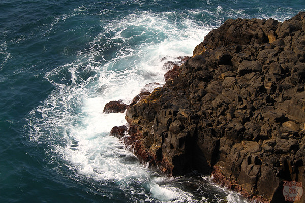the rocks at the Kiama blow hole