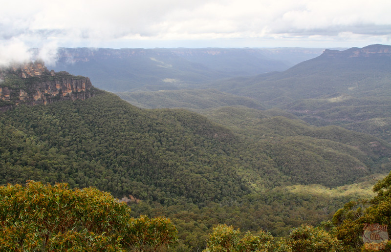 Eagle Hawk Lookout Three Sisters - Blue Mountains, Australia 2