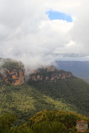 Eagle Hawk Lookout Three Sisters - Blue Mountains, Australia 3