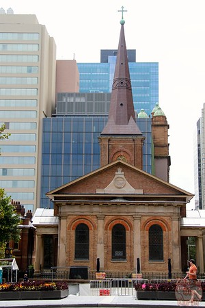 Free walking tour Sydney: Oldest church