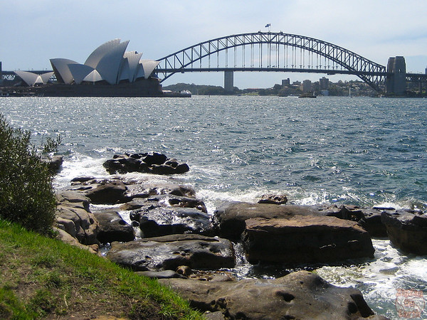 Photographing Sydney Opera house from Macquarie chair 2
