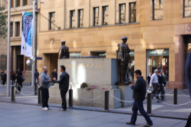 Statue in Sydney.