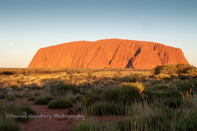Moon over Uluru / Ayers Rock
