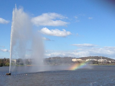 James Cook Memorial Jet, Lake Burley Griffin