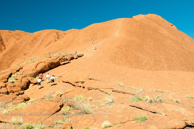 Climbers on Uluru / Ayers Rock