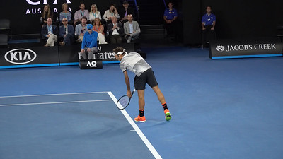 Video - The Melbourne crowd really likes Federer, just listen