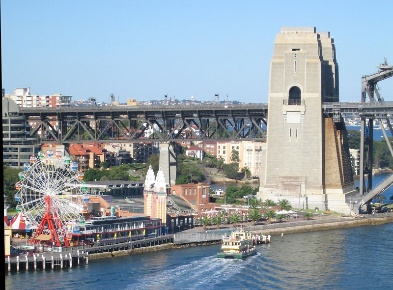 North abutment of the Harbour Bridge.