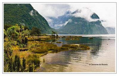 File Ref:2009-03-06-Milford Sound 1321Z