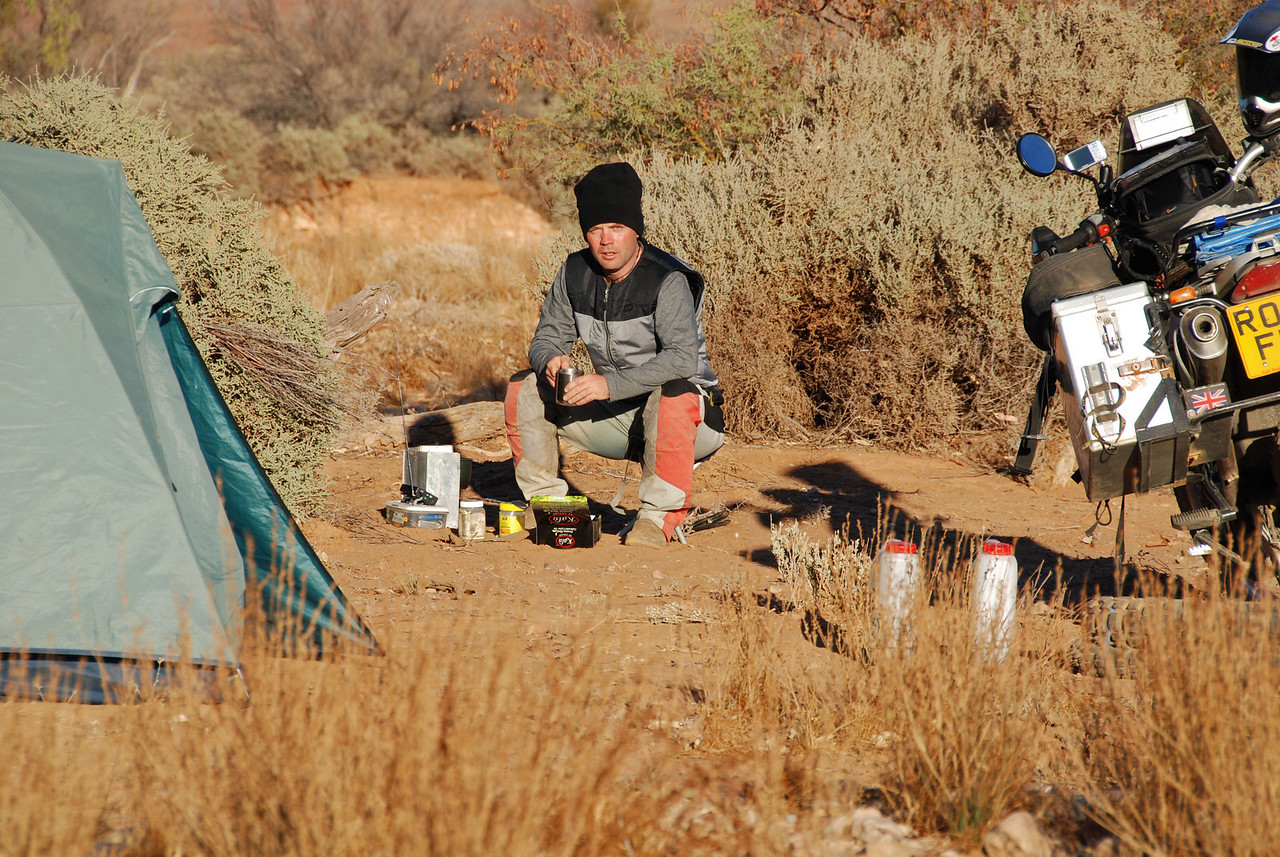Bush camping SE of Hawker, SA