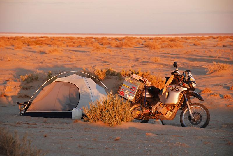 Bush camping at Lake Eyre