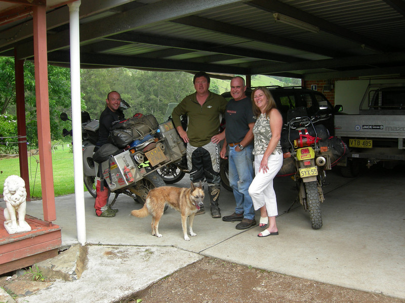 Adam, Wayne Todhunter, Oliver & Christina Strat, Cundle Flat Farm, NSW