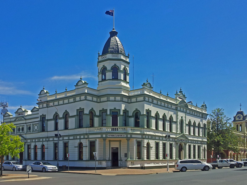 16 October 2013: Town Hall, Forbes, New South Wales.