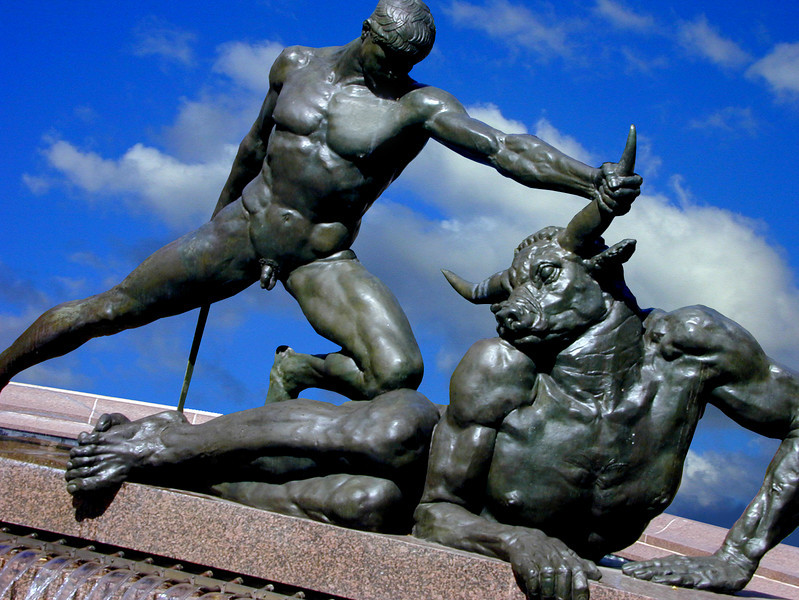 Theseus and the Minotaur. Monumental bronze by Francois Sicard. Part of the Archibald Fountain, Hyde Park.