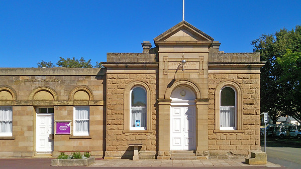 3 April 2017: Town Hall @ Ross, Tasmania.
