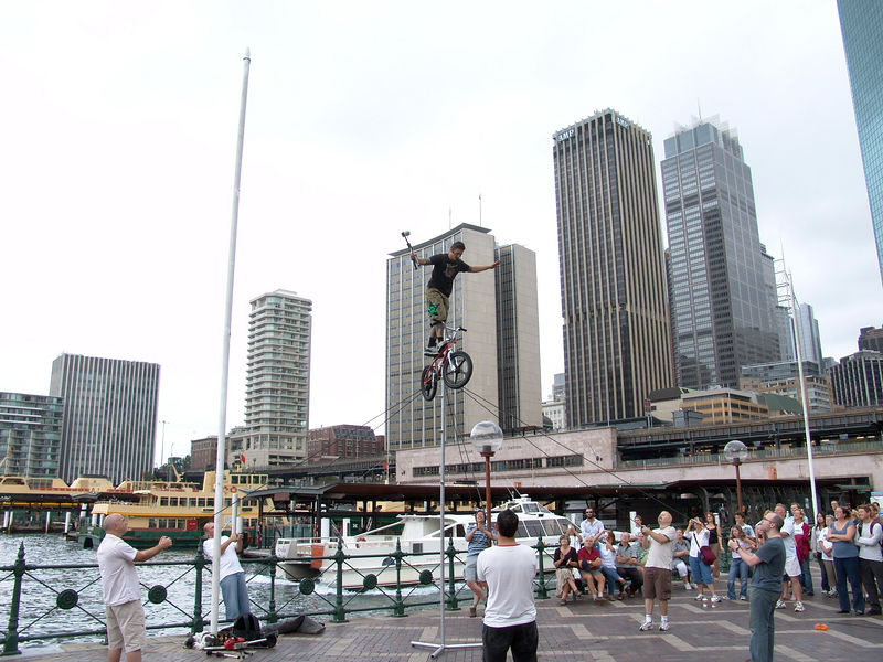 Street performer, Sydney Harbor