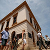 2 January 2012 @ Beechworth, Victoria: Tourists on the march.