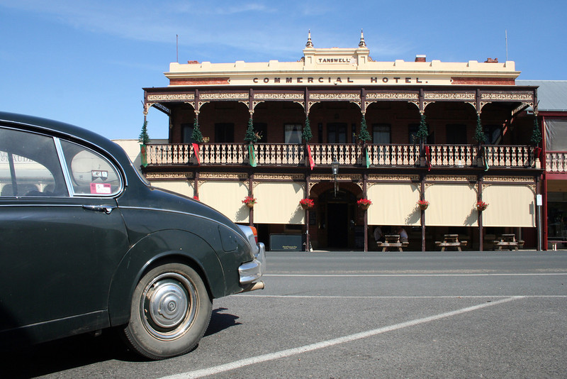 2 January 2012 @ Beechworth, Victoria: Tanswell's Commercial Hotel, with Jaguar.