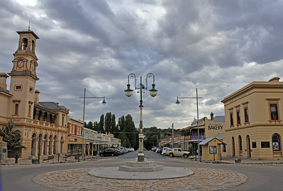 Albert Road, Beechworth. View to the east.