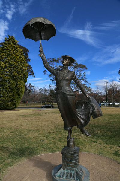 Mary Poppins Statue IMG_5383