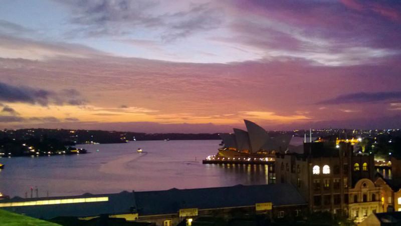 sunrise run, across the sydney harbour bridge