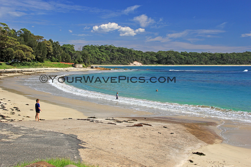 2016-03-24_1393_Boat Harbour Beach_Bendalong Point.JPG<br /> <br /> This little beach is known for giant stingrays that swim near the boat ramp where fishermen throw them scraps of fish.